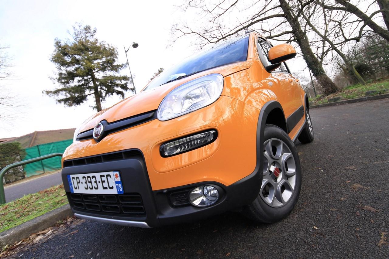 Fiat Panda 4X4 1.3 Multijet 75 ch : au champ et à la ville.