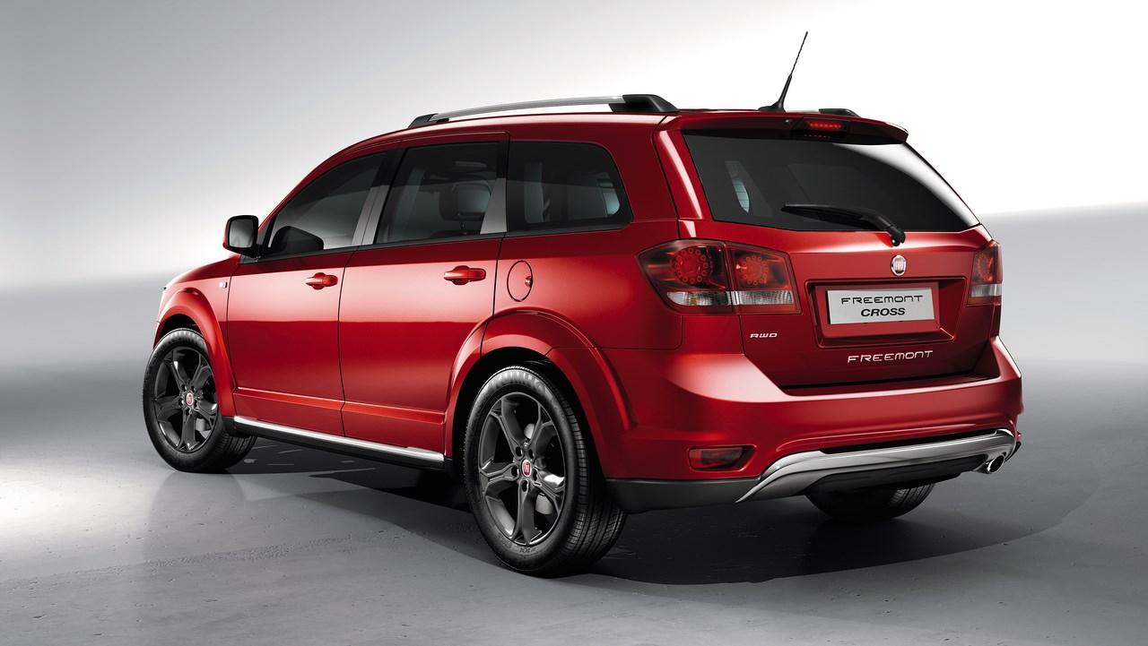 Fiat Freemont Cross : Le crossover haut de gamme qui cherche des «Cross»