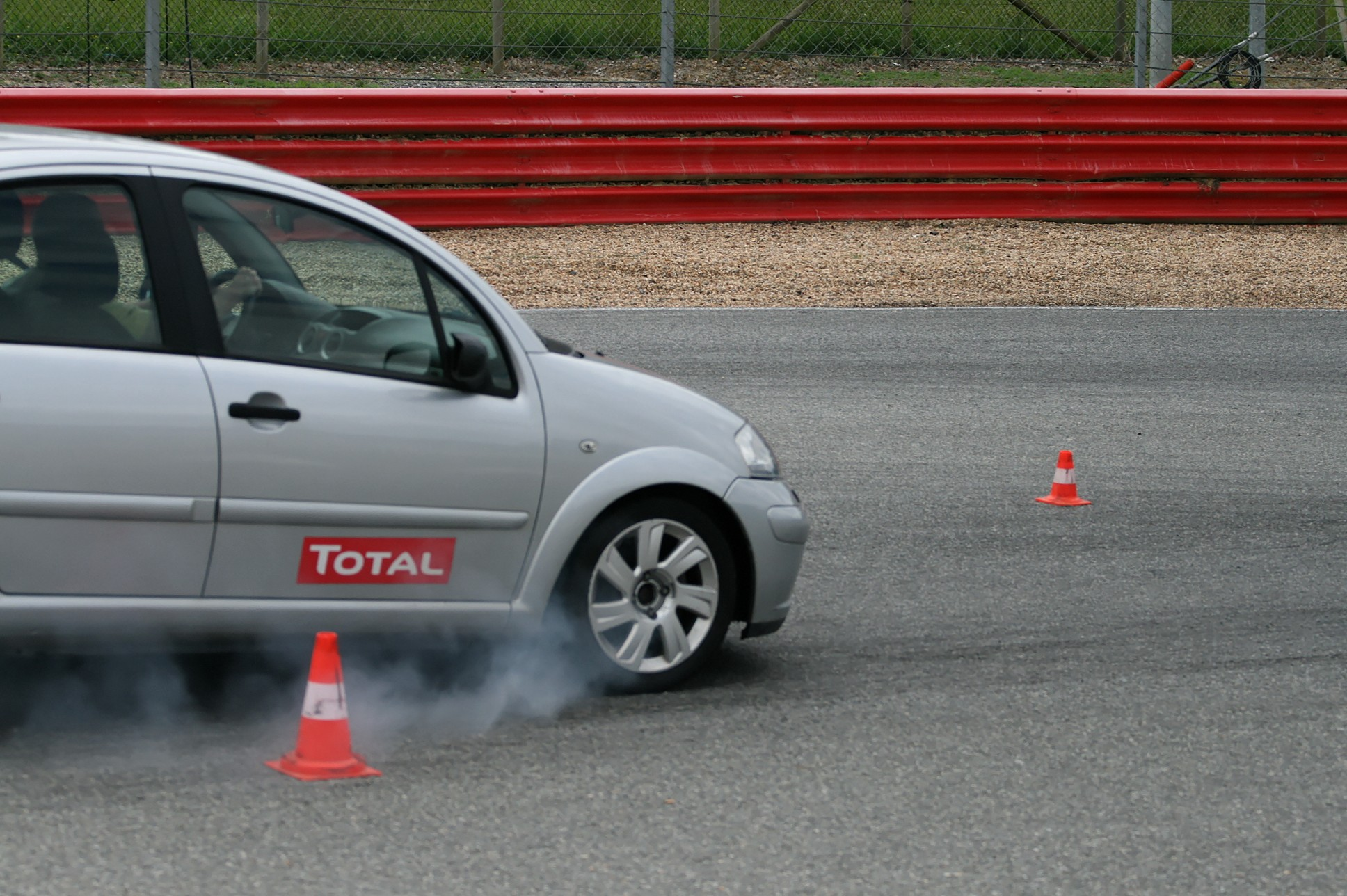 Conduire à Lohéac, école de pilotage Gérard poussin.