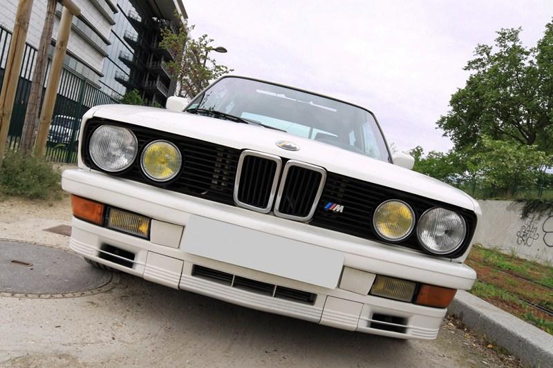 Essai BMW M535 i E28