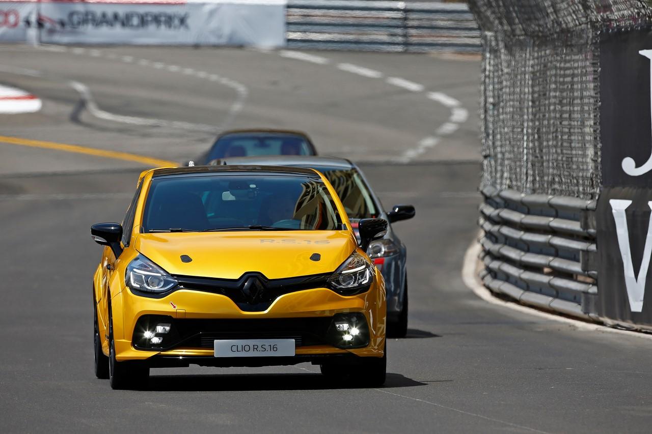 Renault Clio R.S 16 275 cv : Aiguisée comme une lame !