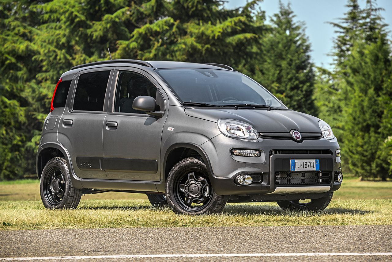 nouvelle fiat panda city cross 4x2 et wild 4 4 le go t de l aventure. Black Bedroom Furniture Sets. Home Design Ideas